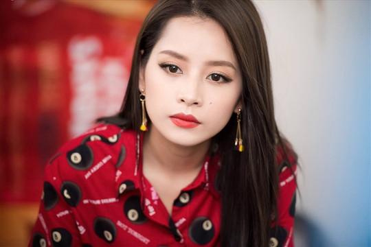 Chi Pu lên tiếng xin lỗi sau sự cố lạc giọng trong một video hát live