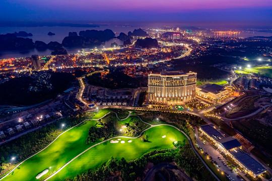 Dồn dập ưu đãi mừng sinh nhật FLC Hạ Long, quần thể 5 sao có tầm nhìn đẹp nhất Quảng Ninh