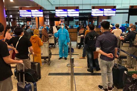 Đưa gần 700 công dân Việt Nam từ Myanmar và Angola về nước an toàn