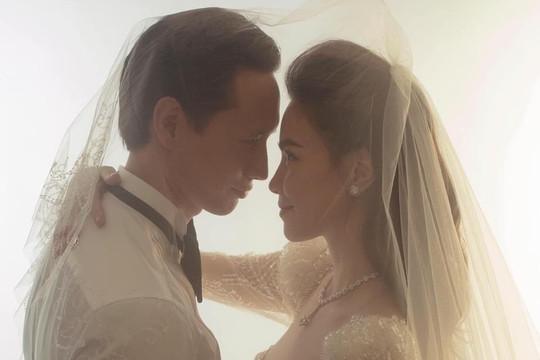 Hồ Ngọc Hà mặc váy cưới e thẹn bên Kim Lý