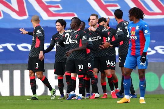 Liverpool thiết lập hàng loạt kỷ lục đáng nhớ trong lịch sử bóng đá Anh
