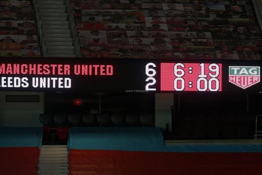 Ngoại hạng Anh vòng 14 nhìn lại: MU chen chân Top 3, Tottenham rơi tự do