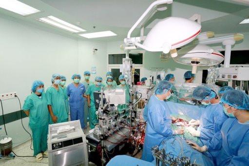 Bộ trưởng Bộ Y tế Nguyễn Thanh Long khen ngợi ca hiến-ghép, vận chuyển đa tạng từ người cho tại Vũng Tàu