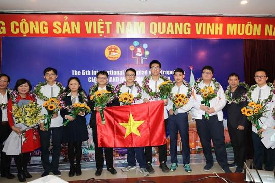 Việt Nam giành 5 Huy chương Vàng Olympic Quốc tế IOM