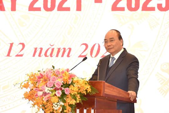 Thủ tướng: Cái gì Nhà nước không cần thiết làm, thì hỗ trợ người dân, doanh nghiệp làm