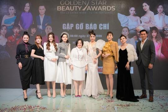Diễn viên Việt Anh, Phương Oanh hào hứng với sự kiện Golden Star Beauty Awards 2020