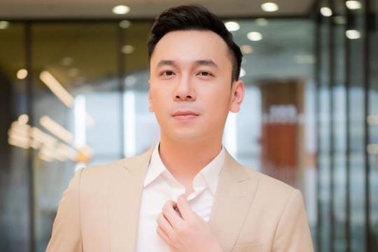 Việt Anh hát ca khúc lấy cảm hứng từ chuyện tình đẹp của Hồ Ngọc Hà - Kim Lý