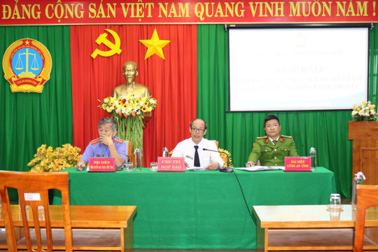 TAND tỉnh Đắk Nông họp báo thông tin về vụ xăng dầu giả Trịnh Sướng và các đồng phạm