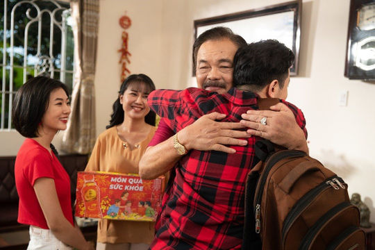 Món quà tặng cha, MV gây xúc động bậc nhất dịp Tết của Trà Dr Thanh