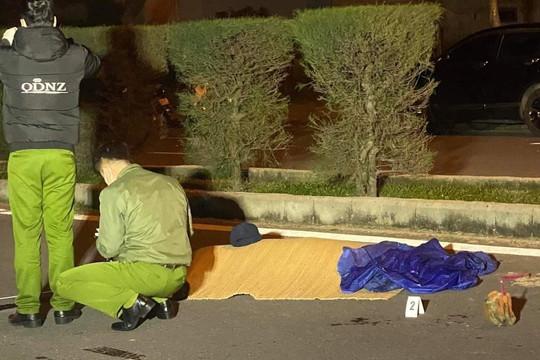 Nam thanh niên bị đâm chết giữa đường phố trong đêm