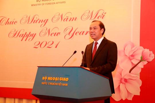 Thứ trưởng Nguyễn Quốc Dũng: Mong muốn nhận được sự đồng hành của phóng viên nước ngoài tại Việt Nam