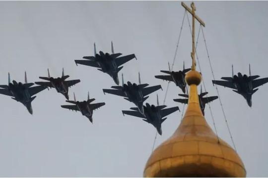 """NATO cáo buộc Nga """"phá vỡ"""" Hiệp ước Bầu trời Mở"""