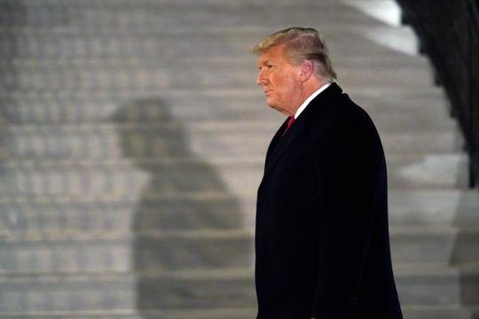 Tin vắn thế giới ngày 17/1: Tổng thống Trump sẽ bắn 21 phát đại bác để chia tay Nhà Trắng?