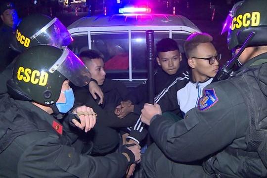 Nhóm thanh thiếu niên thường xuyên tụ tập chạy xe lạng lách, ném gạch Cảnh sát