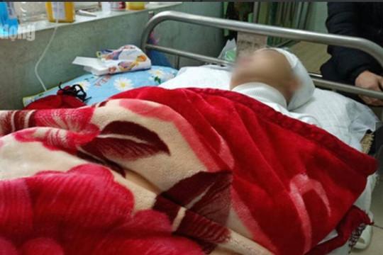 Xác minh vụ việc nam sinh lớp 11 bị đánh chấn thương sọ não