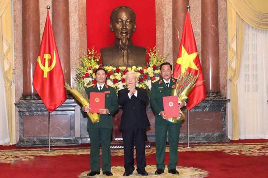 Hai Ủy viên Trung ương Đảng được thăng quân hàm Thượng tướng