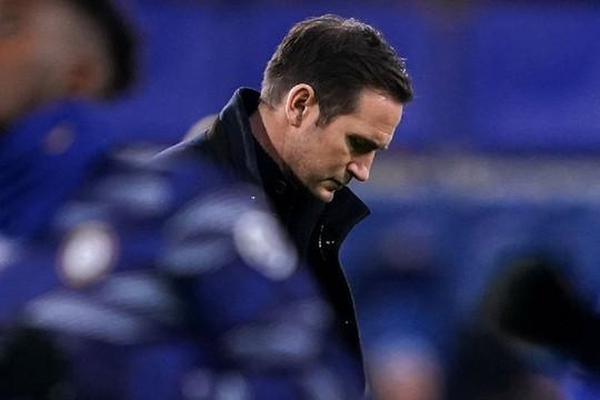 """Frank Lampard sa lầy và công cuộc Đức """"hóa"""" tại Chelsea"""