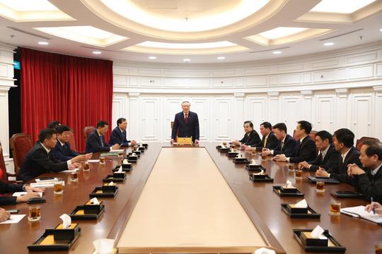 Ủy viên Bộ Chính trị, Chánh án TANDTC Nguyễn Hòa Bình chủ trì giao ban
