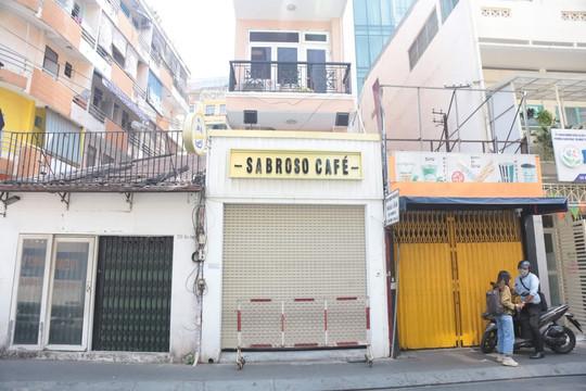 TP.HCM phong tỏa quán cà phê trên phố Bùi Viện vì BN1883 từng ghé