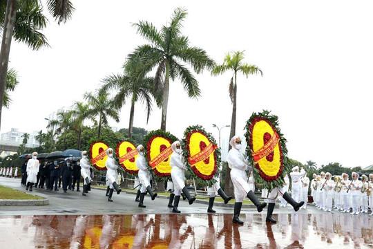 Lãnh đạo Đảng, Nhà nước tưởng nhớ Chủ tịch Hồ Chí Minh và các tiền bối cách mạng, Anh hùng liệt sĩ