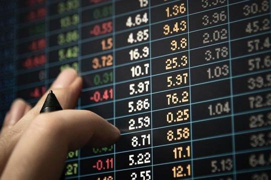Xử phạt 3 nhà đầu tư chứng khoán 270 triệu đồng