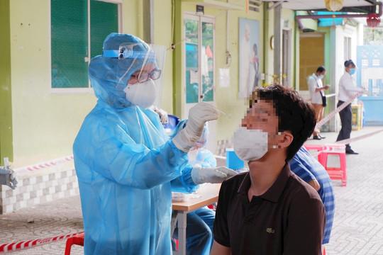 Sáng mùng 3 Tết, Hà Nội ghi nhận thêm 2 ca dương tính SARS-CoV-2 mới