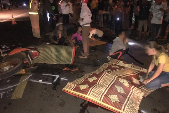 Tai nạn giữa hai xe máy, 5 người thương vong