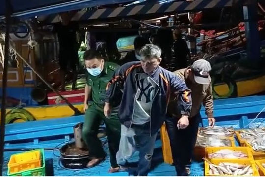Thuê tàu ra biển câu cá, 3 người tử vong, 2 người mất tích