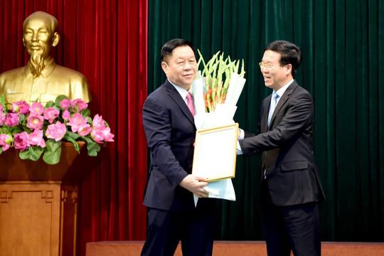 Bộ Chính trị  phân công Thượng tướng Nguyễn Trọng Nghĩa giữ chức Trưởng Ban Tuyên giáo Trung ương