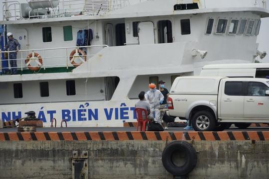 Thêm 2 thuyền viên tàu Ocean Amazing dương tính với Covid-19, trường hợp tử vong trên tàu là do tự tử