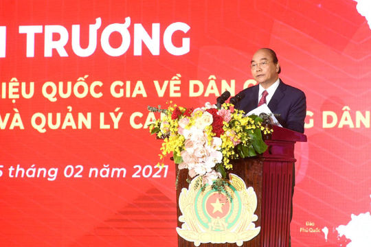 Thủ tướng: Khẩn trương phổ cập danh tính số cho mọi người dân