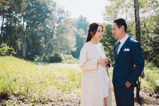 Chùm ảnh ngọt ngào của vợ chồng ca sĩ Lý Hải – Minh Hà