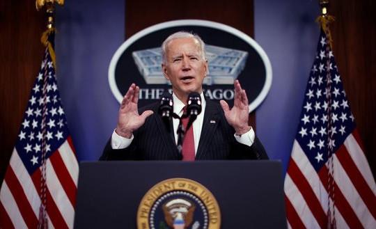 Tổng thống Joe Biden bất ngờ ra lệnh không kích Syria