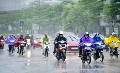 Hà Nội có mưa rào, trời chuyển rét với nhiệt độ phổ biến 15-18 độ