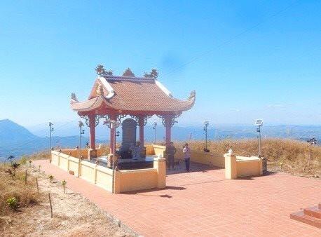 Kon Tum: Doanh nghiệp mở đường, khoan thăm dò khoáng sản gần di tích lịch sử