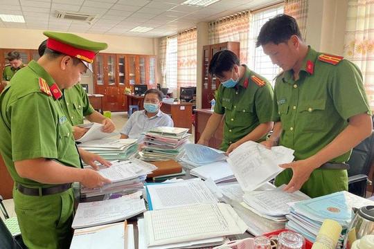 Bắt giam 3 cán bộ Chi cục thuế tiếp tay cho các doanh nghiệp trốn thuế