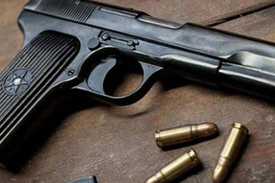 Từ một vụ trộm, phát hiện Phó Chủ tịch HĐND huyện tàng trữ súng ngắn