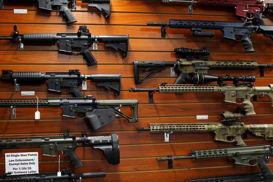 Tin vắn thế giới ngày 12/3: Hạ viện Mỹ thông qua dự luật siết chặt kiểm soát súng đạn