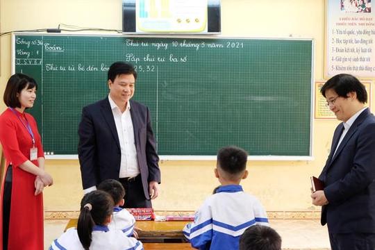 Cán bộ quản lý phải nắm trong tay danh sách giáo viên dạy lớp 2, lớp 6 năm học