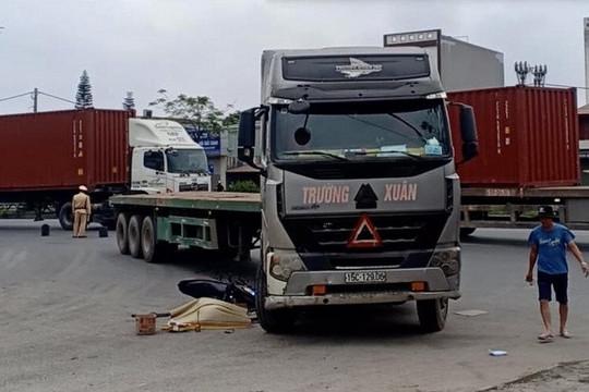 Thanh niên tử vong thương tâm sau khi va chạm với xe đầu kéo
