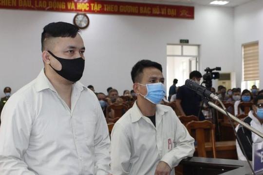 Dắt nhau vào tù vì hành hung CSGT tại chốt kiểm soát dịch bệnh