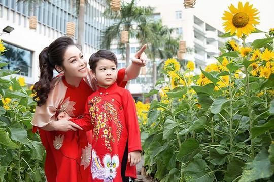 Nhật Kim Anh giành được quyền nuôi con sau nhiều năm đối đầu với chồng cũ