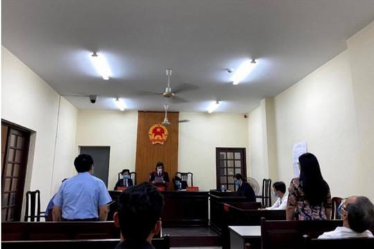 Nhiều cơ quan Trung ương yêu cầu giải quyết vụ việc dược sĩ kiện Bệnh viện Nhân dân 115 vì bị buộc thôi việc