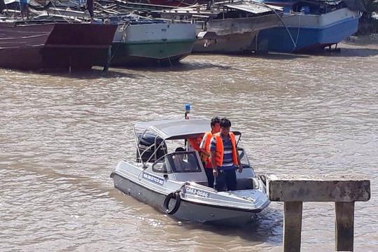Điều tra vụ 3 người chết trên nhánh sông Tiền