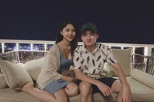 Phan Mạnh Quỳnh bất ngờ thông báo kết hôn với bạn gái kém 4 tuổi?