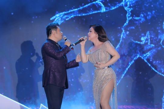 Bằng Kiều – Minh Tuyết hội ngộ, ngọt ngào kể chuyện tình yêu trên sân khấu FLC Sầm Sơn