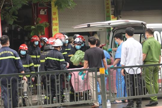 Cháy lớn tại cửa hàng trên phố Tôn Đức Thắng, ít nhất 2 người thiệt mạng