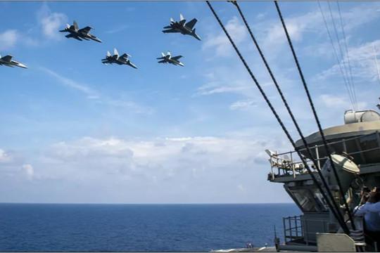 Tàu sân bay Mỹ tập trận chung với máy bay Malaysia ở Biển Đông