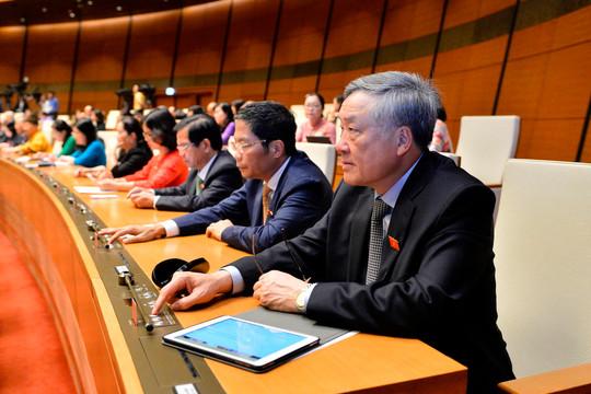 Thông qua Nghị quyết nhiệm kỳ 2016-2021 của Quốc hội, Chính phủ, Chủ tịch nước và các cơ quan tư pháp