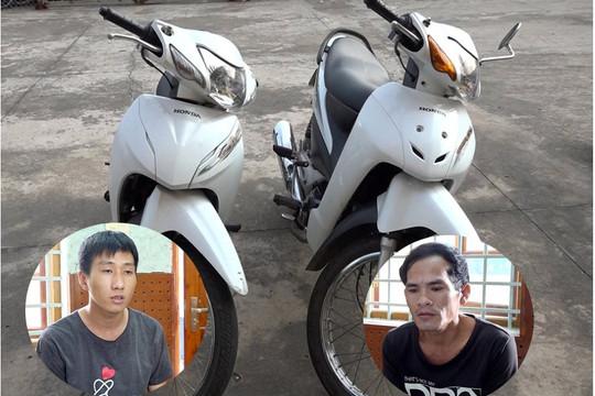 Trộm liền 2 xe máy còn chém 2 người gây thương tích
